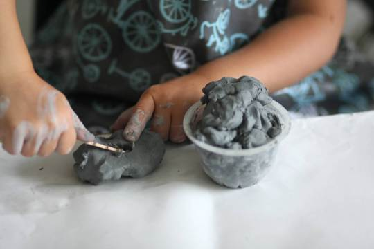 clay to form objects