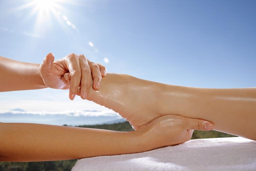 Foot-Massage-Concept