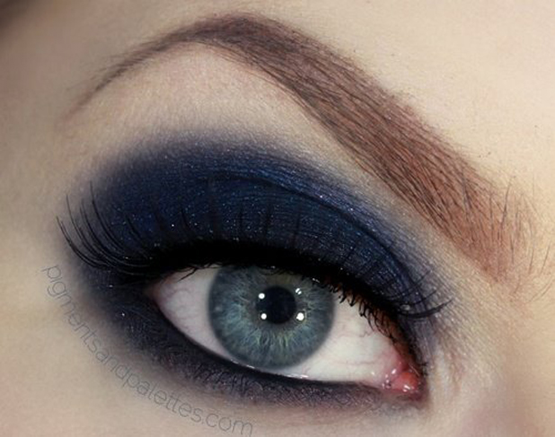 Smokey blue eyes on gray eyes