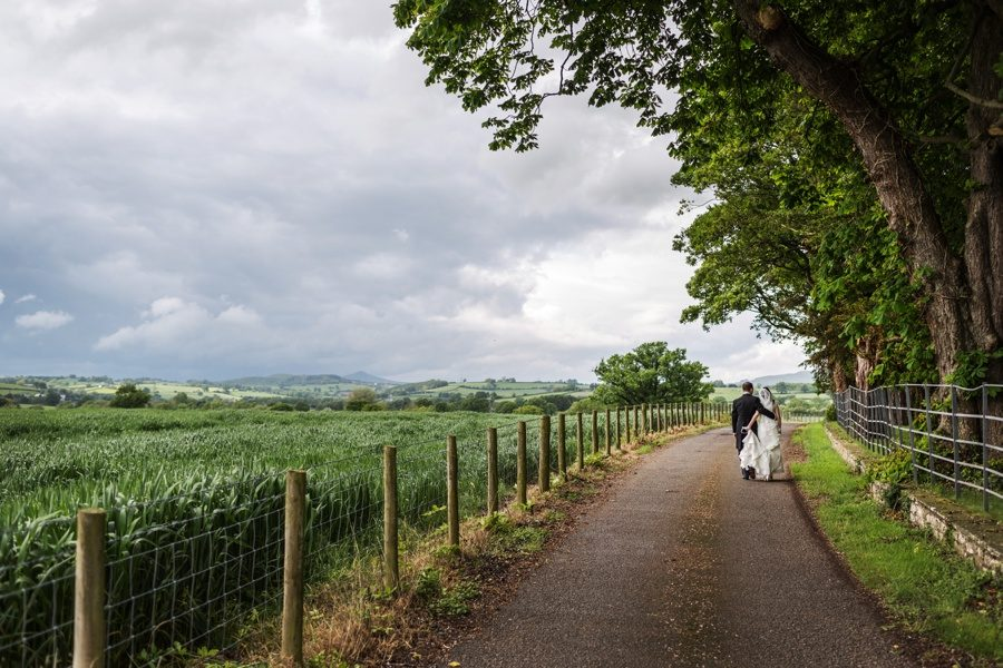 walking 90 minutes in green